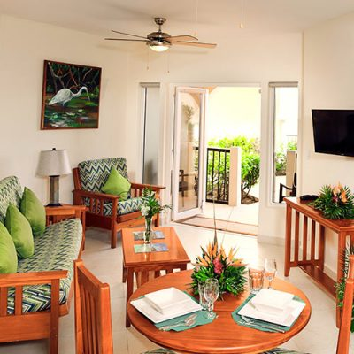 Sunbreeze Suites Pool View Suites